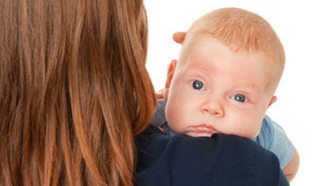 O bebê deve arrotar?